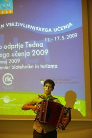 OdprtjeTVU2009_37.jpg (98658 bytes)